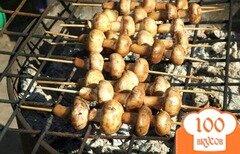 Фото рецепта: «Шампиньоны на шпажках на мангале»