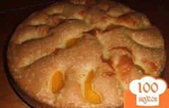 Фото рецепта: «Шарлотка с яблоками и персиками»