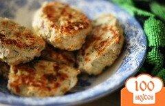 Фото рецепта: «Простые и вкусные котлеты из куриной грудки в мультиварке»