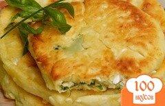 Фото рецепта: «Сырные лепешки с ветчиной»