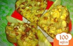 Фото рецепта: «Кексы с яблочным вареньем и арахисом»