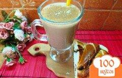 Фото рецепта: «Горячий кофейный коктейль с медом, сливовым сиропом и виски»
