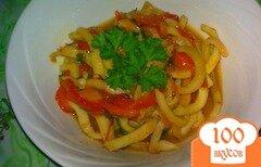 Фото рецепта: «Кальмары с овощами тушеные в нежном соусе»
