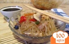 Фото рецепта: «Фунчоза с курицей и грибами»