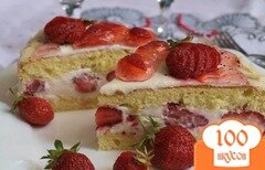 Фото рецепта: «Торт с клубникой и сливками»