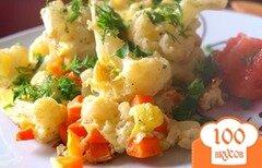 Фото рецепта: «Омлет с цветной капустой и кабачками»