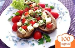 Фото рецепта: «Закуска из баклажан, с моцареллой и помидорами черри»