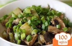 Фото рецепта: «Салат с грибами шампиньонами жареными»