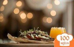 Фото рецепта: «Бутерброд с курицей конфи»