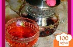 Фото рецепта: «Чай из бутонов роз и каркадэ»