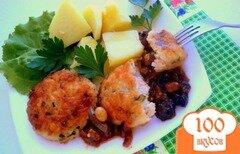 Фото рецепта: «Котлеты рыбные с рисом и пикантным соусом»