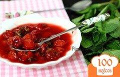 Фото рецепта: «Вишнево-мятный соус»
