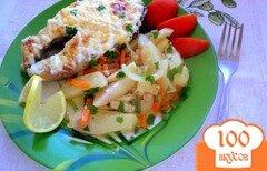 Фото рецепта: «Стейки кеты на овощной подушке»