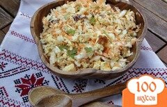 """Фото рецепта: «Салат """"Белорусский"""" с капустой и омлетом»"""