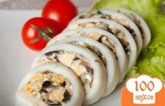 Фото рецепта: «Кальмары, фаршированные омлетом и шампиньонами»