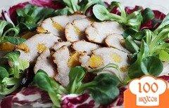 Фото рецепта: «Аппетитный окорок с курагой в мультиварке»