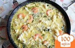 Фото рецепта: «Аппетитные макароны с креветками в сырном соусе»