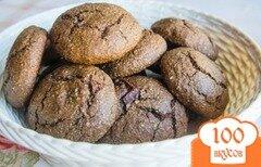 Фото рецепта: «Шоколадно-овсяное печенье с кусочками шоколада.»