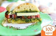 Фото рецепта: «Бутерброды с помидорами»