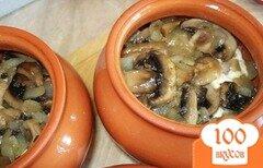 Фото рецепта: «Мясо в горшочке с картофелем и сыром»