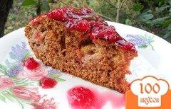 Фото рецепта: «Шоколадный пирог с малиной в мультиварке»