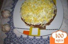 Фото рецепта: «Печеночный тортик с яйцом и плавленным сырочком»