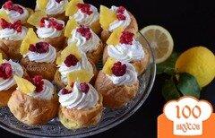 Фото рецепта: «Заварные пирожные с лимонным кремом и фруктами»