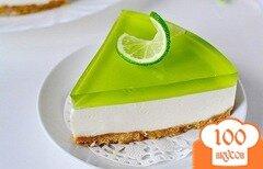 Фото рецепта: «Желейный торт без выпечки с лаймовым вкусом»