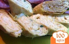 Фото рецепта: «Ролл пшеничный с сырным салатом»