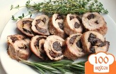 Фото рецепта: «Рулет из свинины с черносливом»