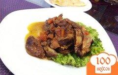 Фото рецепта: «Ребрышки из телятины с черносливом и белыми грибами»