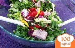 Фото рецепта: «Овощной салат с копченым угрём.»