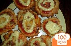 Фото рецепта: «Мини-пицца с колбасой»