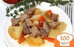 Фото рецепта: «Свинина с картофелем в горшочке»