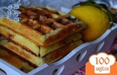 Фото рецепта: «Вафли с лимонным курдом и шоколадными каплями»
