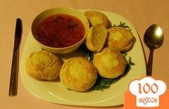 Фото рецепта: «Быстрые домашние булочки из творожного теста, посыпанные тёртым сыром»