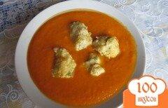 Фото рецепта: «Суп-пюре из красного перца с клёцками»