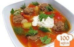 Фото рецепта: «Густой суп с кабачками и фрикадельками»
