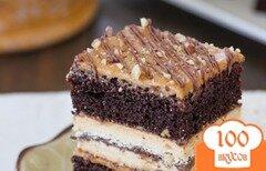 Фото рецепта: «Шоколадный торт с меренгой и фундуком, залитый шоколадом»