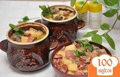 Фото рецепта: «Охотничьи колбаски с картофелем в горшочках»