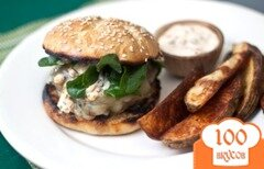 Фото рецепта: «Бургеры с говядиной и соусом чипотле»