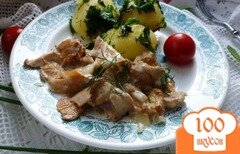 Фото рецепта: «Лисички в сливках с отварным картофелем»