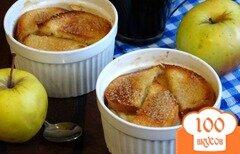Фото рецепта: «Хлебная запеканка с творогом и яблоками»