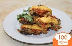 Фото рецепта: «Свиная печень в кляре с помидорами и сыром»