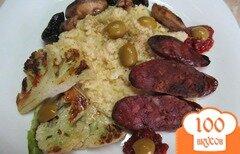 Фото рецепта: «Пшенная каша с колбасками грибами и цветной капустой»