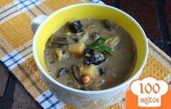 Фото рецепта: «Сырный суп с лесными грибами»