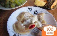 Фото рецепта: «Вареники с вишней и манкой»
