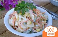 Фото рецепта: «Крабовый салат с корейской морковью»