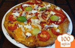 Фото рецепта: «Пицца с курицей, перцем и кукурузой»