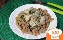 Фото рецепта: «Ржаные макароны с курицей и шампиньонами»